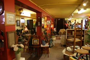 furniture and home decor, Lolo, MT, Crazy Horse Consignment